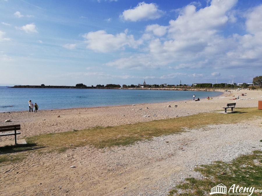 Publiczna plaża w okolicach Glifady